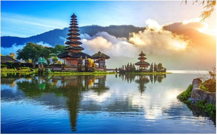 Pura Ulun Danu Bratan Temple Bali